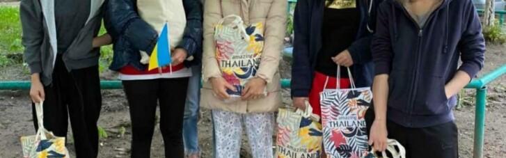 Как Таиланд помогает своим гражданам, застрявшим в Украине