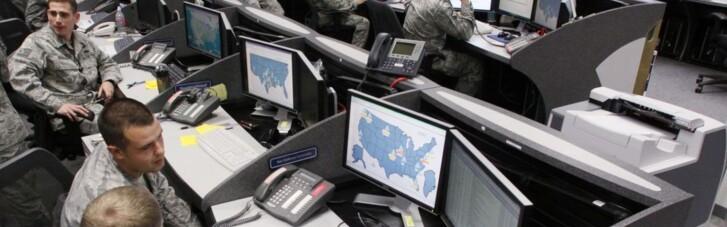 США объявили кибервойну. Как Байден поможет России выпилиться из Интернета
