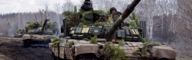 На Донбасі танкові резерви провели військові навчання (ФОТО)