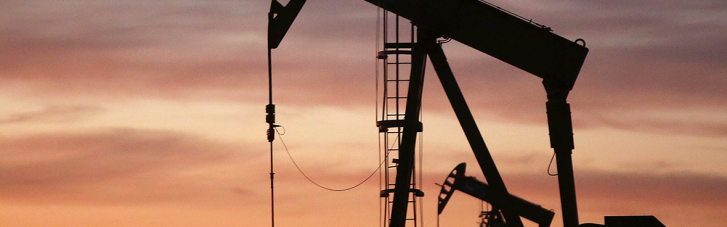 Страны ОПЕК+ согласовали увеличение добычи нефти до конца года