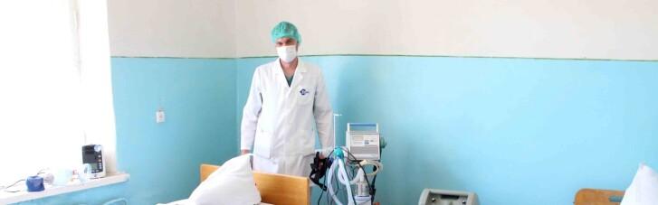 Некоторые больницы выписывают пациентов с коронавирусом: Шмыгаль объяснил, почему