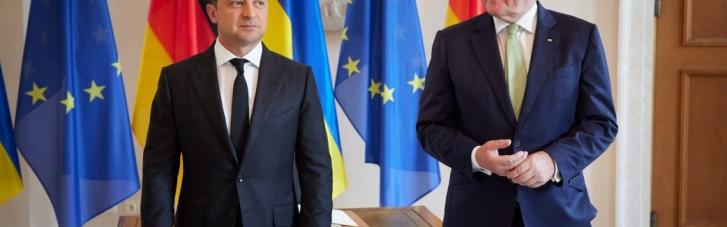 Зеленский рассказал Штайнмайеру о своей борьбе с олигархами