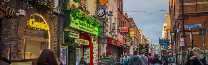 Ирландия выходит из карантина: вакцинировано 90% взрослого населения