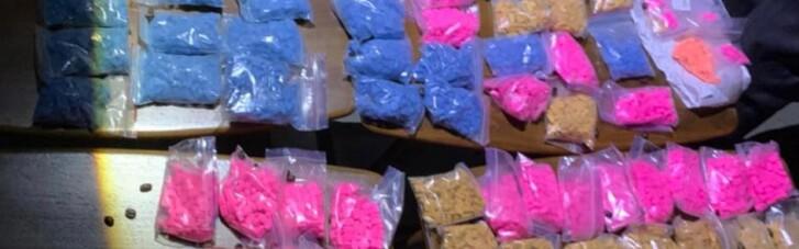 У Києві в наркоділків вилучили кокаїну на 10 мільйонів (ФОТО)