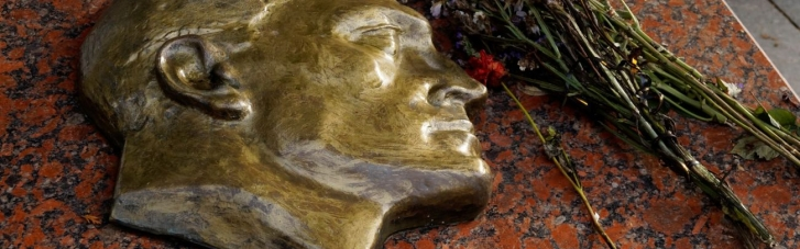 Садовий відмовився передати останки агента НКВС в Росію