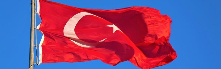 У Туреччині почали мітингувати проти виходу країни зі Стамбульської конвенції