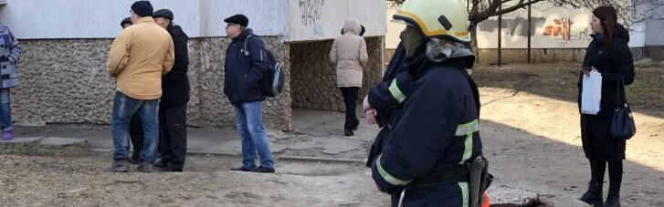 В жилом доме в Бердянске взорвалась граната, есть погибшие и раненые (ФОТО)