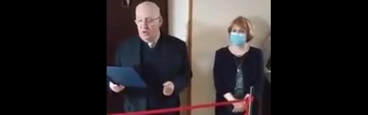 Мовному омбудсмену не сподобалося, що в вузі відкрили жіночий туалет, і він зажадав службового розслідування