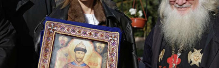 Няша Поклонська скоро приїде в Київ. Тому що вона голуб миру