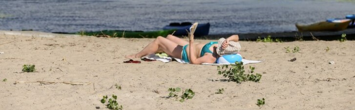КМДА дозволила купатись на дев'яти пляжах Києва