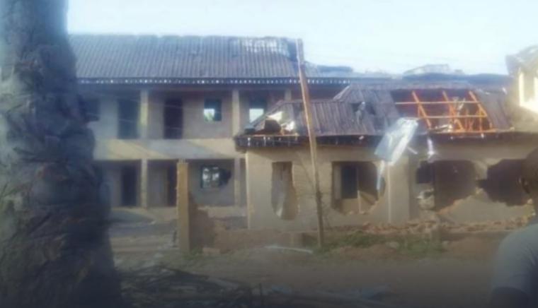 У Нігерії спалили будинок пастора