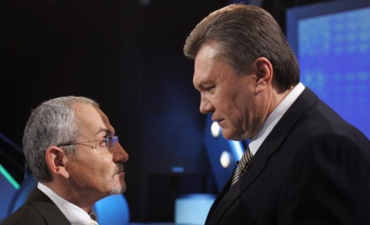 лідер Партії регіонів Віктор Янукович і телеведучий Савік Шустер
