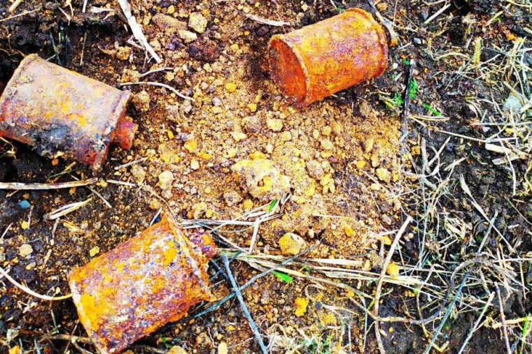 Всего выкопали 36 боеприпасов
