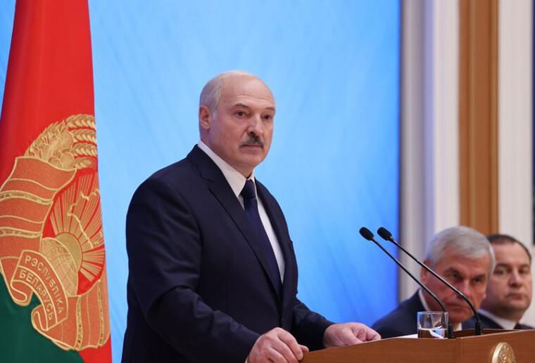 """Выступление Александра Лукашенко выглядело спичем на пире победителей цветной революции, подготовленной """"по заветам Джина Шарпа"""" / belta.by"""