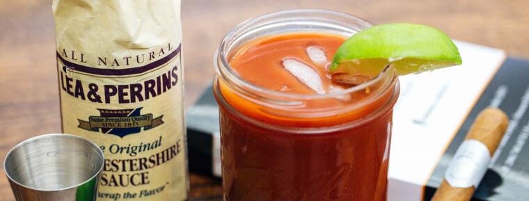 """Базовий рецепт коктейлю """"Кривава Мері"""" включає два соуси: Worcestershire Sauce і Tabasco"""
