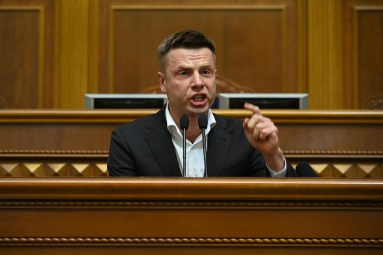 Алексей Гончаренко во время заседания Верховной Рады