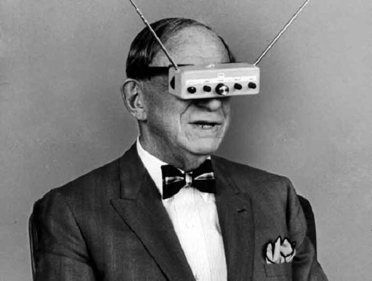"""Термину телевидение (""""television"""") мы обязаны Хьюго Гернсбеку, который предложил его в 1909 году"""