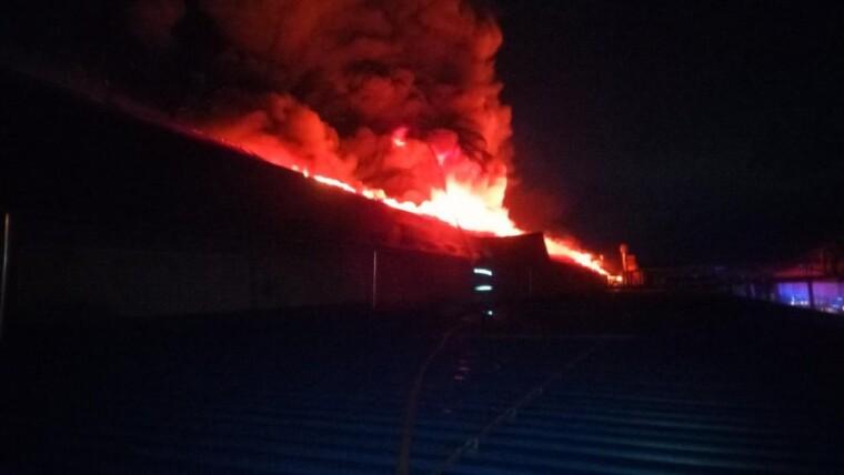 Фото пожара на лыжной фабрике