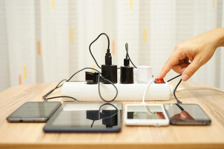 Мобільні пристрої на базі 2-нм техпроцесу зможуть працювати на тому ж акумуляторі в чотири рази довше
