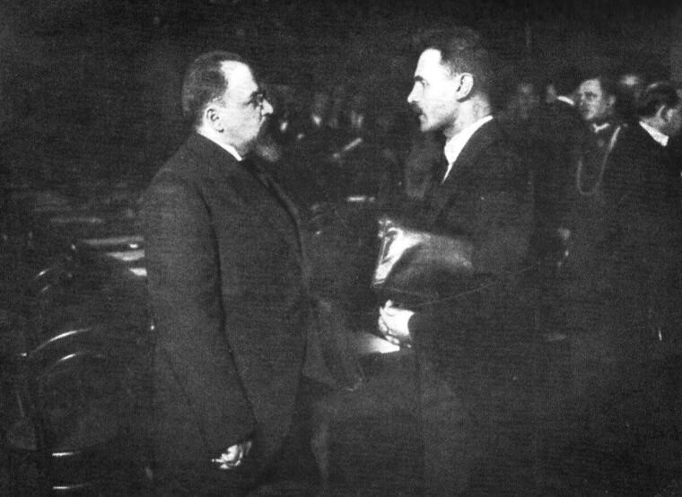 Адольф Иоффе и Ян Домбский, председатели делегаций во время переговоров в Риге в 1920-1921 гг.
