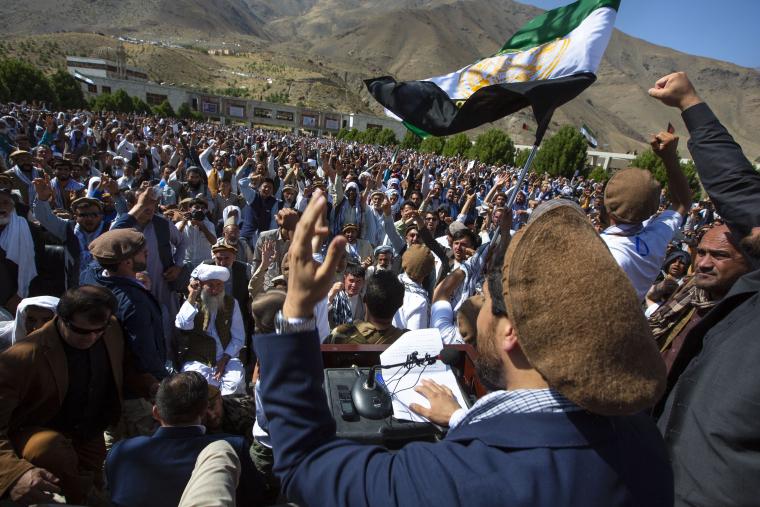 На півночі Афганістану вже оголосив про опір Ахмад Масуд