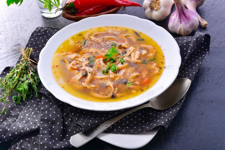 Традиционные польские фляки – гастрономический близнец множества сходных супов из рубца, имеющих другое «гражданство»