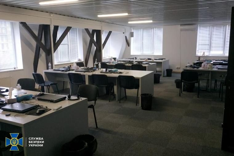 Call-центры обустроили в арендованных офисах и квартирах