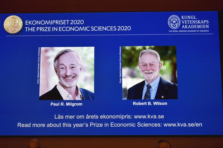 Лауреати Нобелівської премії з економіки Пол Р. Мілгром і Роберт Б. Вілсон