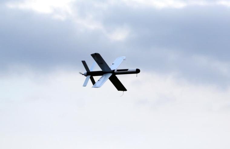 """Украинский дрон-камикадзе """"Гром"""" в полете"""