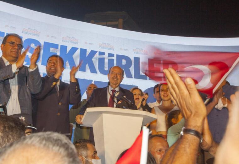 Ерсін Татар, якого відкрито підтримував президент Туреччини Реджеп Тайїп Ердоган, виграв президентські вибори в Північному Кіпрі
