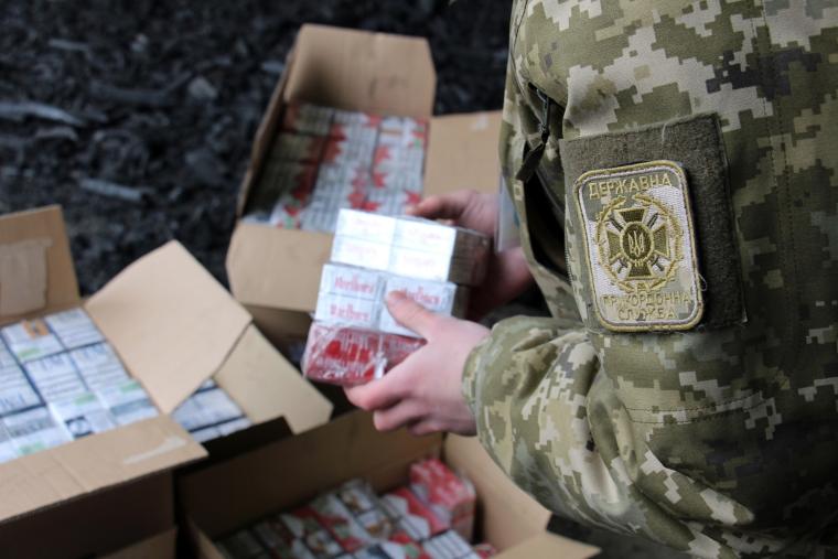 Основные слагаемые тени в Украине