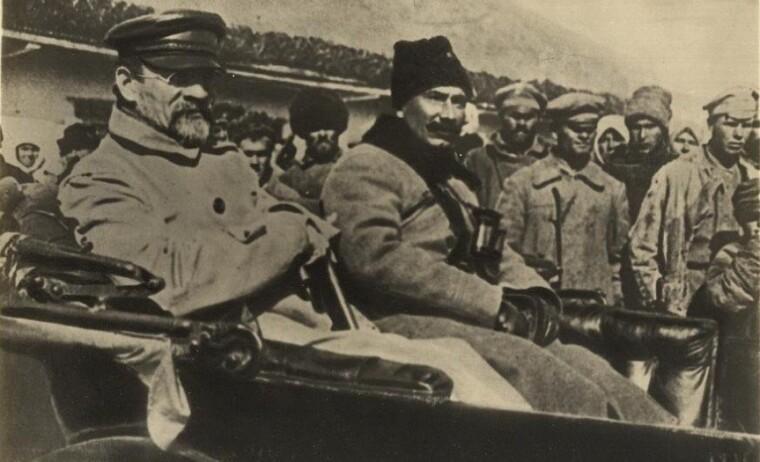 Михаил Калинин и Семен Буденный