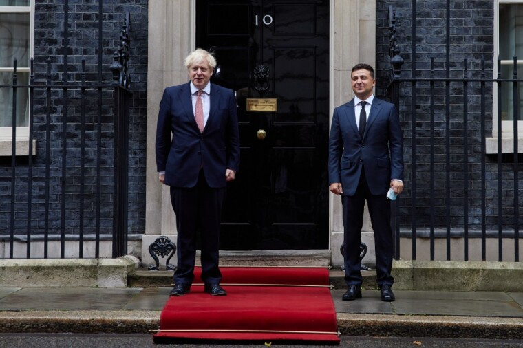 Президент України Володимир Зеленський і прем'єр-міністр Великобританії Борис Джонсон