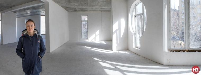 Ульяна Топольская в квартире, которая стала центром скандала