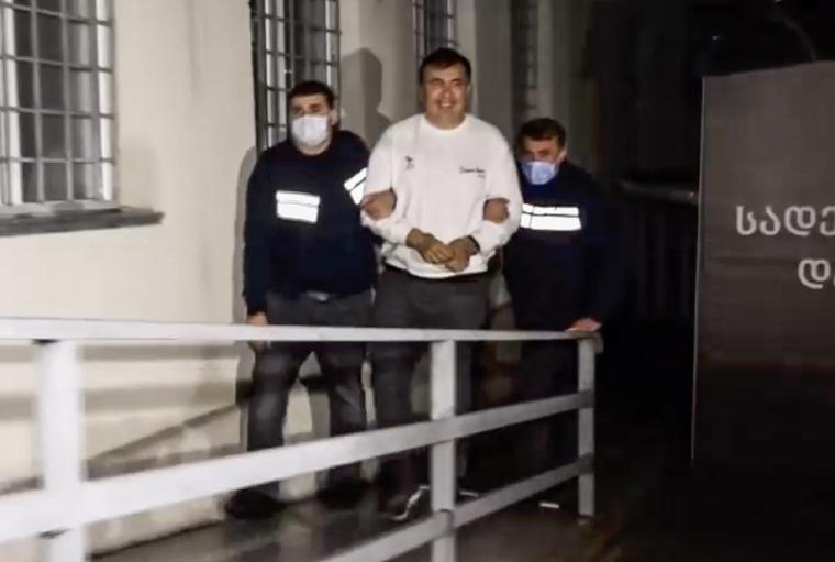 Під час затримання Михайло Саакашвілі посміхався