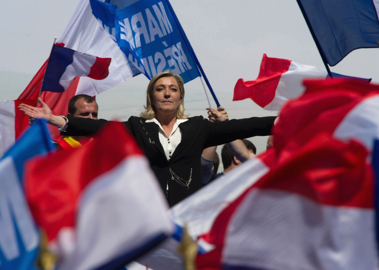 «Национальное объединение» Ле Пен