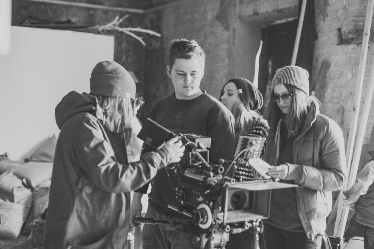 Режиссер Алина Горлова на съемочной площадке / TABOR Production