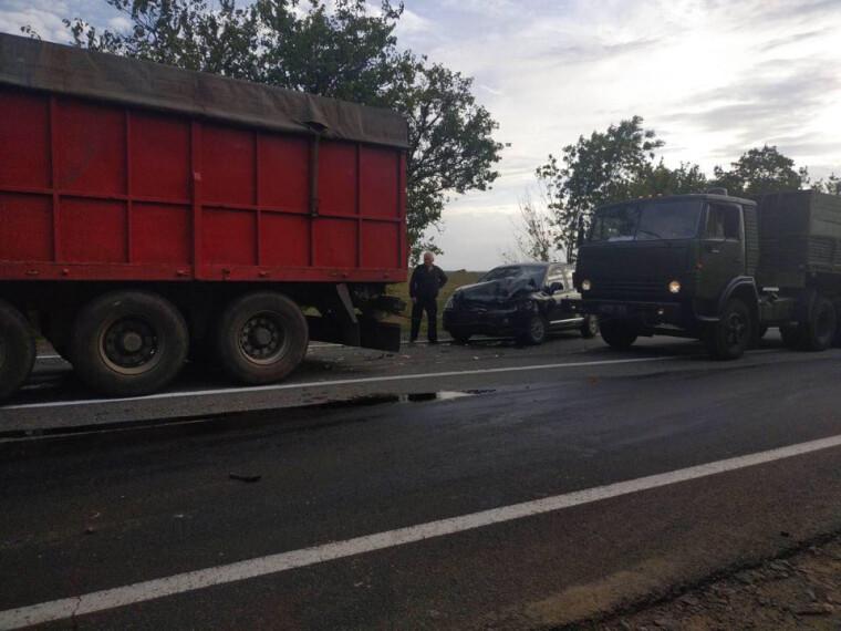 Фото ликвидации последствий ДТП на Николаевщине