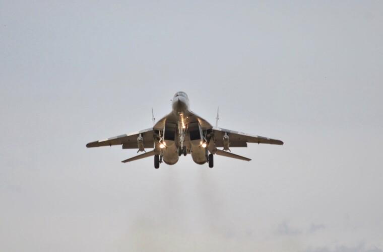 МіГ-29МУ2 з коригованими авіаційними бомбами КАБ-500КР/Організація волинських авіалюбителів «ОВАЛ»/Луцький аероклуб «Крила Волині»