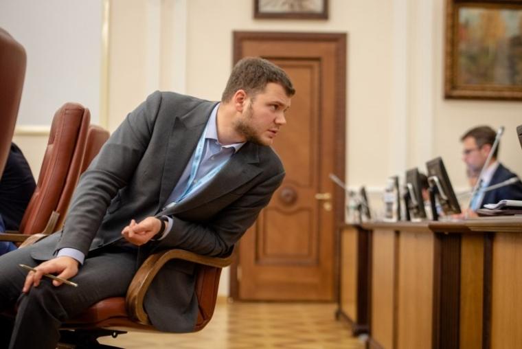 Министр инфраструктуры Украины Владислав Криклий во время заседания Кабинета министров Украины, 2019 г.