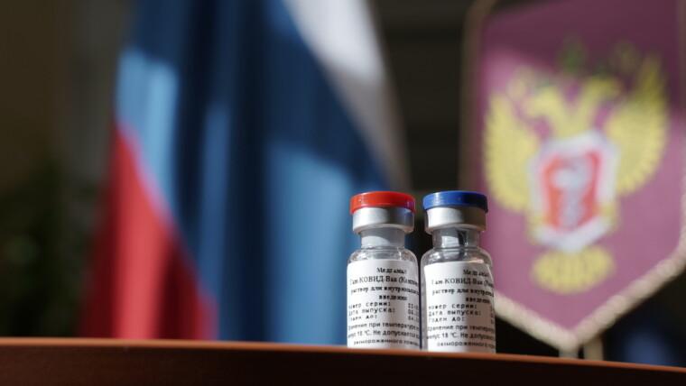 Донецкие медики отказываются испытывать на себе российскую вакцину от COVID-19