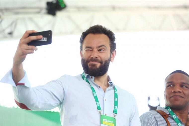 """Олександр Дубінський під час першого з'їзду партії """"Слуга народу"""""""