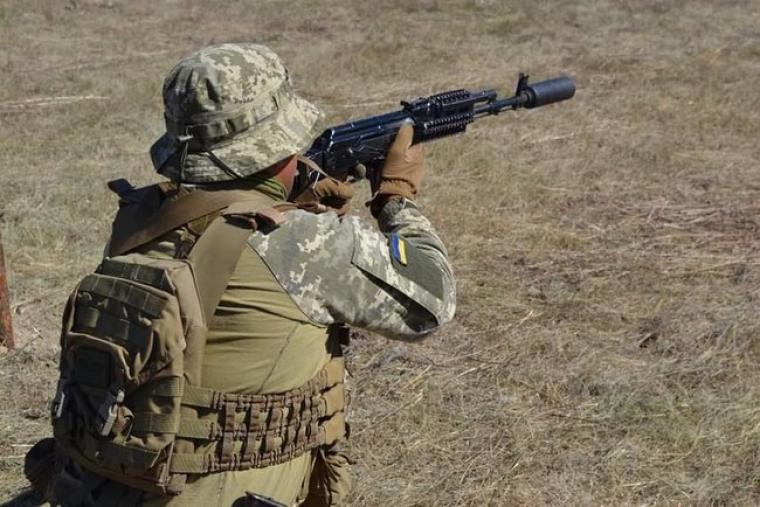 Военный ВСУ на учениях