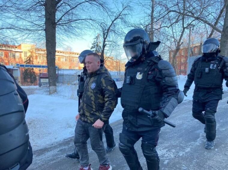 Задержание возле Мосгорсуда