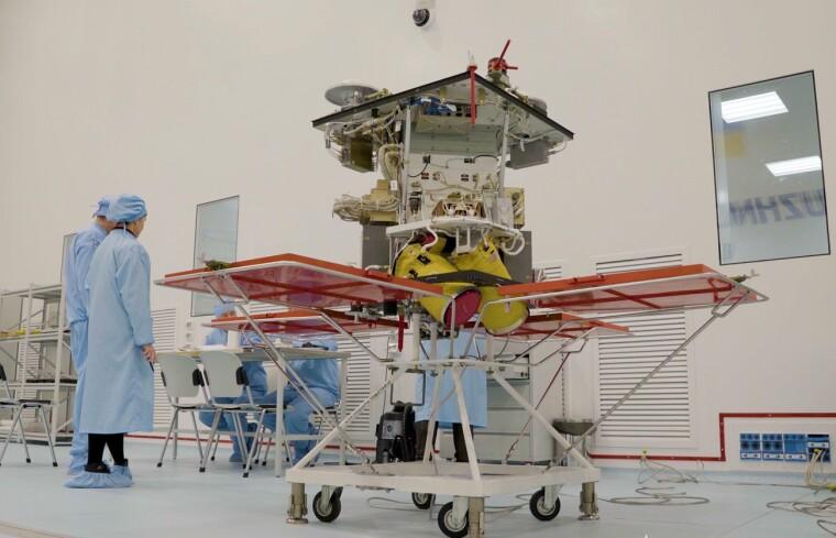 Супутник «Січ» повинні вивести на навколоземну орбіту до кінця 2021 р. Фото: facebook.com/yuzhnoye