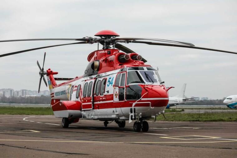 Вертолет H225 Super Puma / wing.com.ua