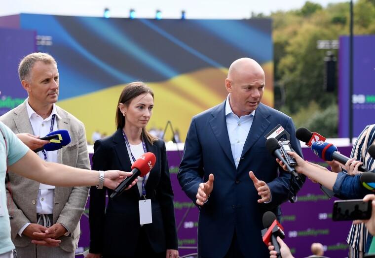 Игорь Палица поропонуе вытрясти деньги с застройщиков на развитие городов
