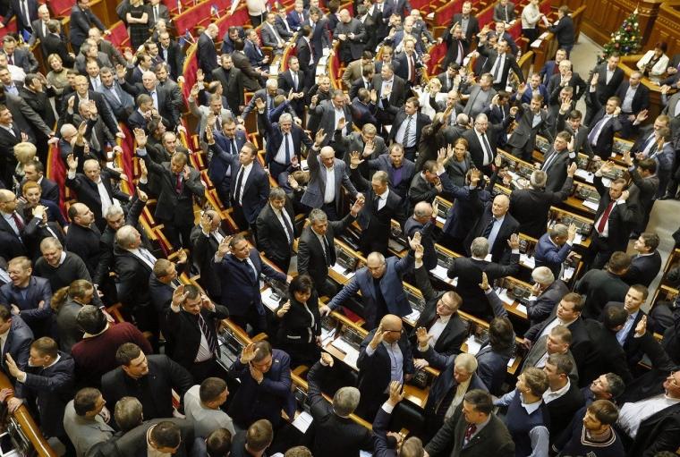"""16 січня 2014 року Кіссе голосував за пакет """"диктаторських законів"""""""