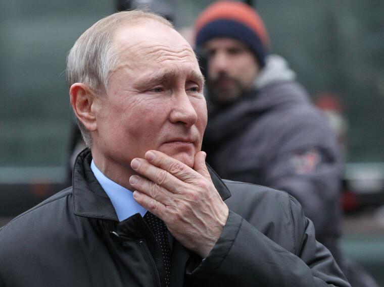 Володимир Путін готує свій відхід