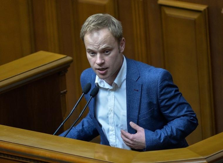 Ярослав Юрчишин під час в виступу в Верховній Раді